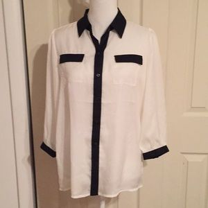 The Limited Blouse Size Medium 100% Polyester